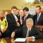 38643_web_medicaid-signing