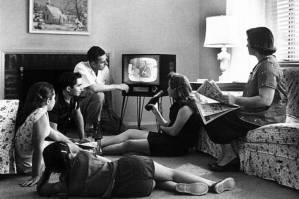 family_tv.jpg